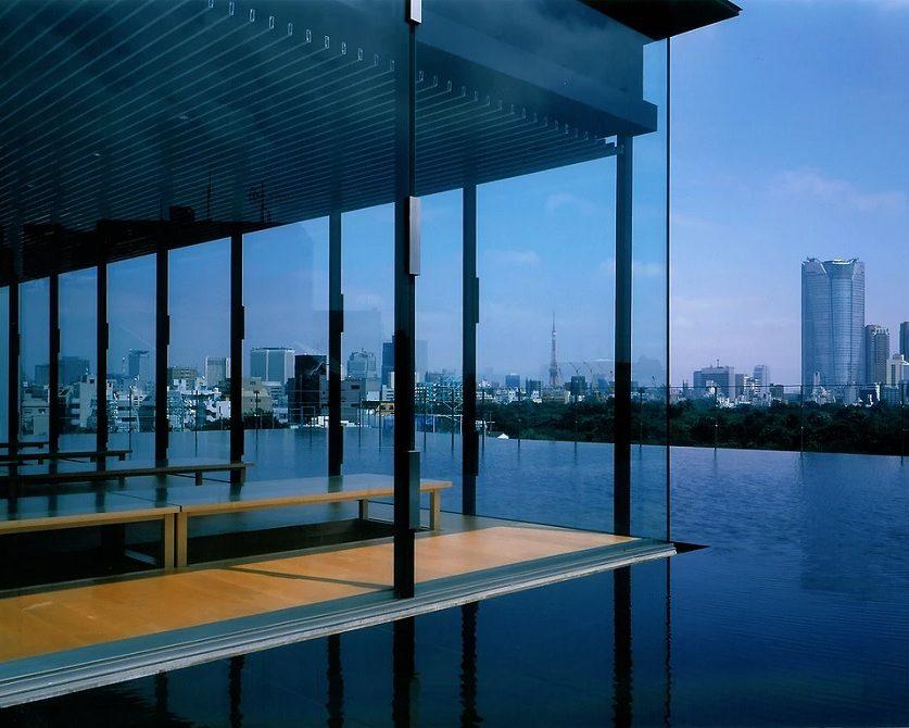 «Озеро» на крыше Baisoin Temple, Токио