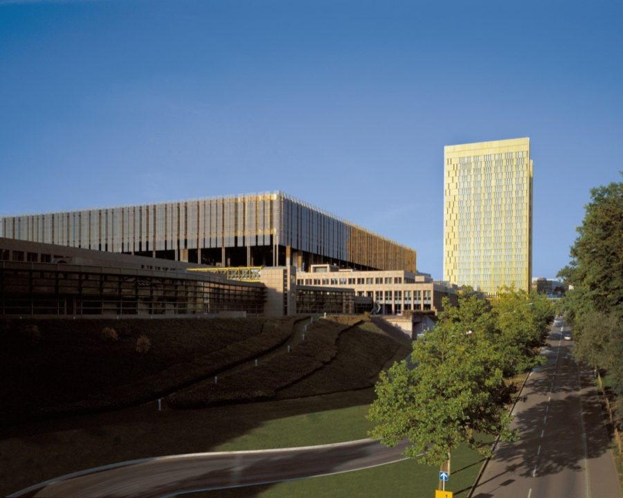 Винтовые опоры — Европейский суд, Люксембург