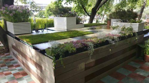 Простое решение: зеленая крыша на регулируемых опорах