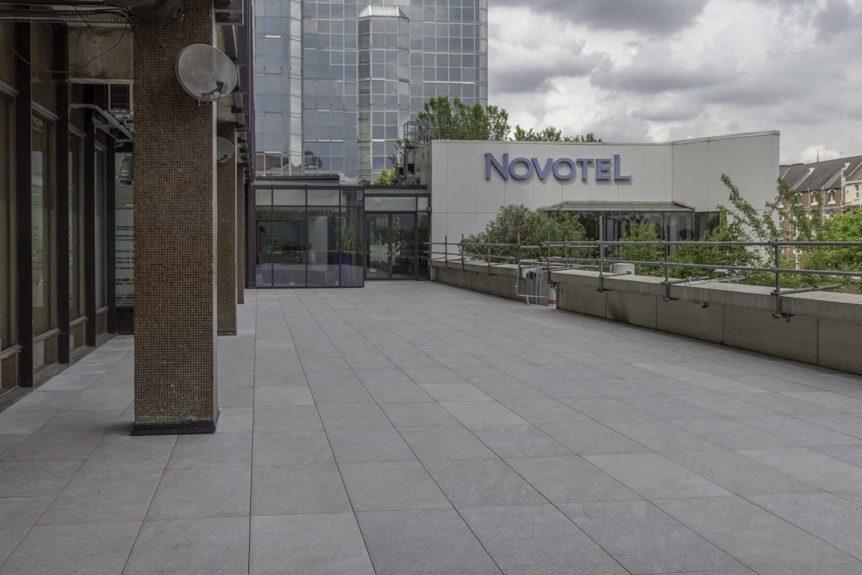 Отель Novotel в Лондоне реставрирует компания Buzon